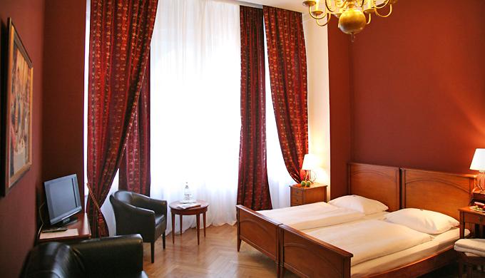 Hotel am olivaer platz zimmer for Apartments maison am olivaer platz